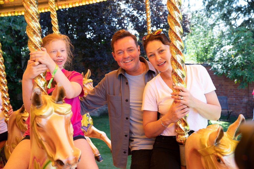 Make-A-Wish Disney Wish, Stephen and Emma with Rhianna Kitching
